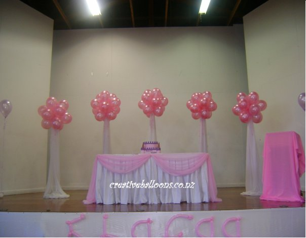 Balloon decorations for Dancefloors